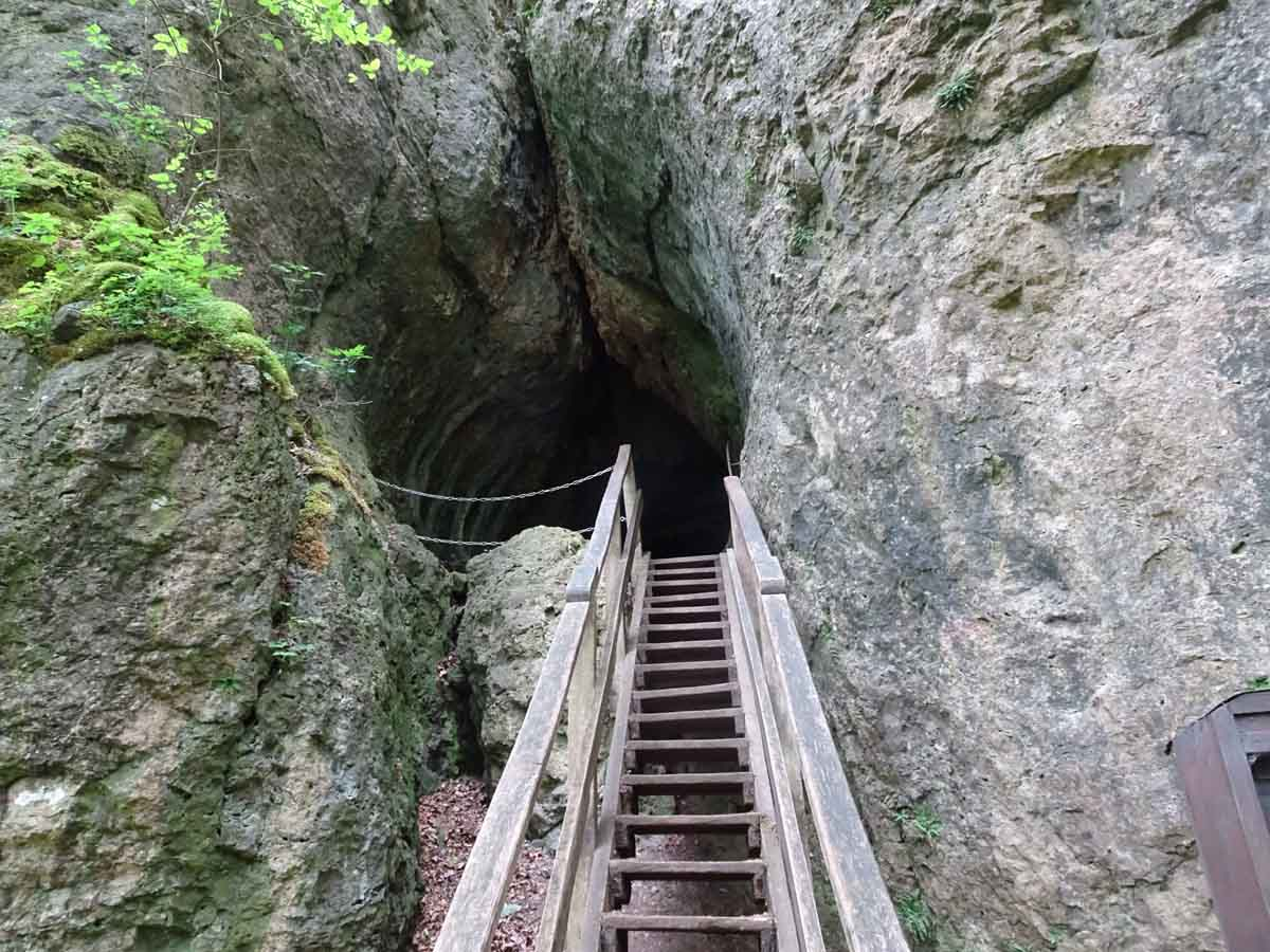 Der Felsenpfad bei Gerolstein 4