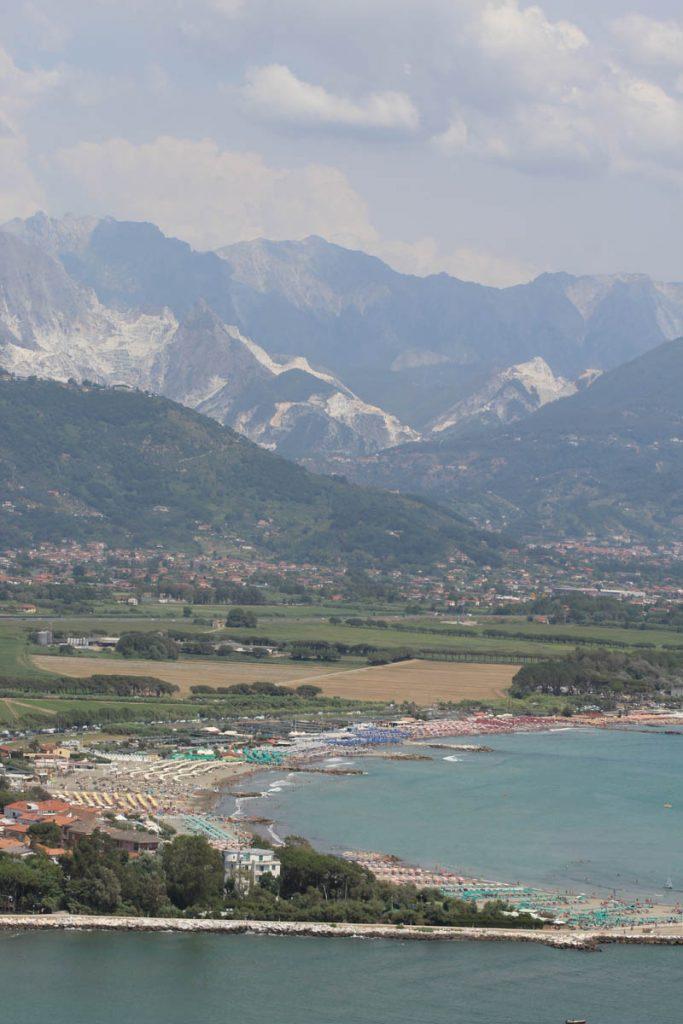 Von Mailand nach Pisa mit dem Rad Carrara