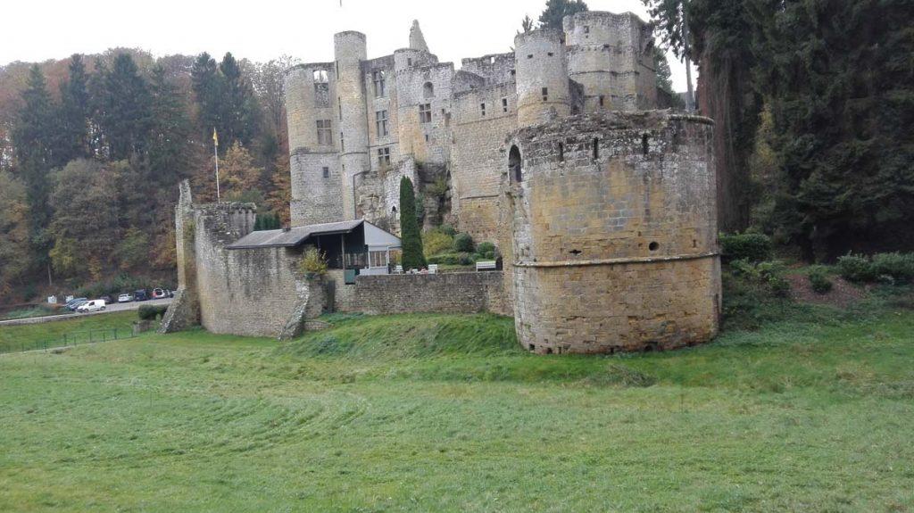 Burg Beaufort Mullerthal Trail