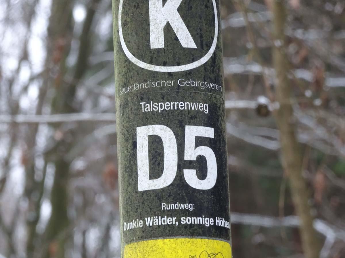 Wandern im Bergischen - Der D 5 Dunkle Wälder, sonnige Höhen 1
