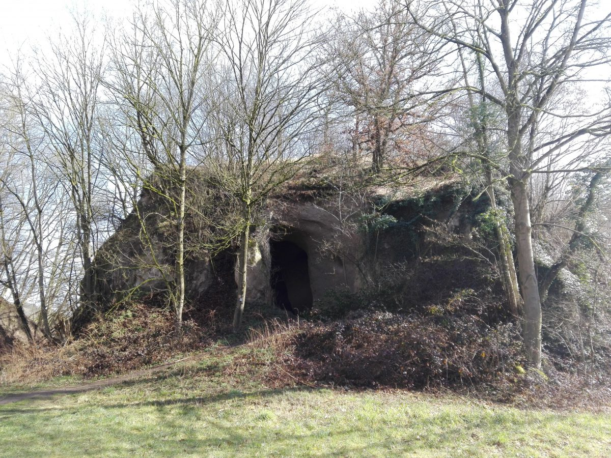 Unterwegs auf dem Höhlen und Schluchtensteig 1