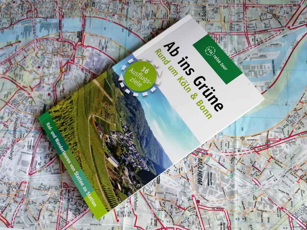 """""""Ab ins Grüne"""" Der Tourenplaner für dein Outdoorerlebnis 1"""