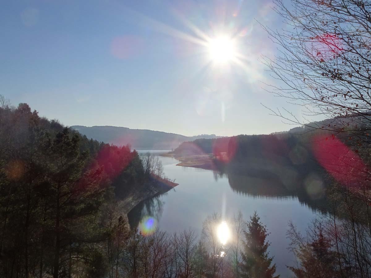 Wandern an der Dhünntalsperre - Der D 4 Naturwelten Sonne