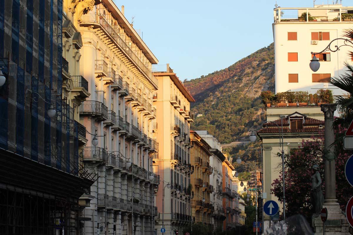 Mit dem Fahrrad kreuz und quer durch Italien - Die Amalfi Küste und der Golf von Neapel 2