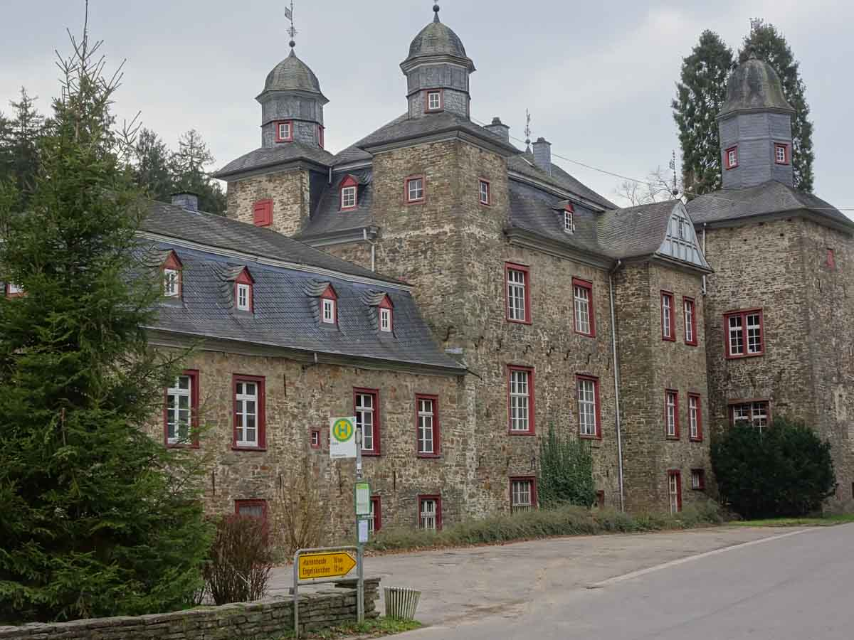 Rundwanderweg: Schloss Gimborn 1